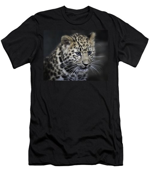 Kanika - Amur Leopard Portrait Men's T-Shirt (Athletic Fit)