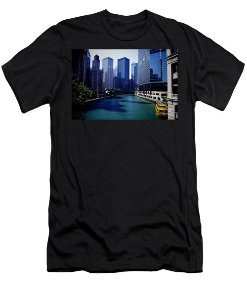 Kayaks On The Chicago River Men's T-Shirt (Athletic Fit)