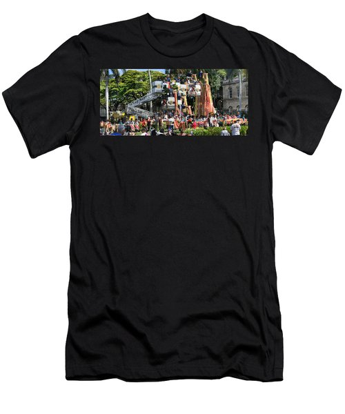 King Kamehameha Draped Men's T-Shirt (Athletic Fit)
