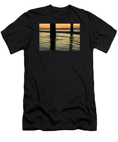 La Jolla Shores Sunset Men's T-Shirt (Athletic Fit)