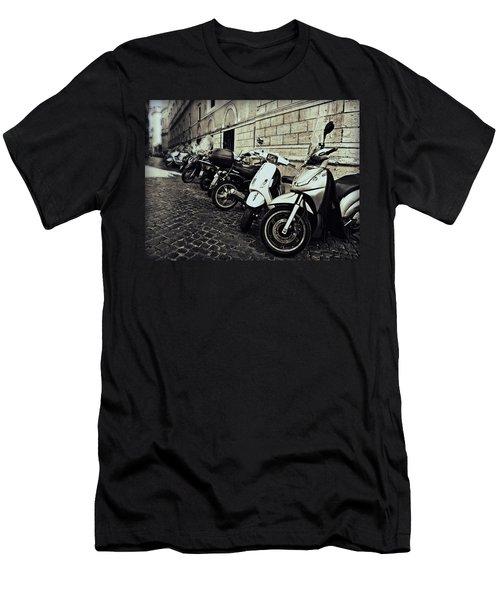 La Terra Di Moto Men's T-Shirt (Athletic Fit)
