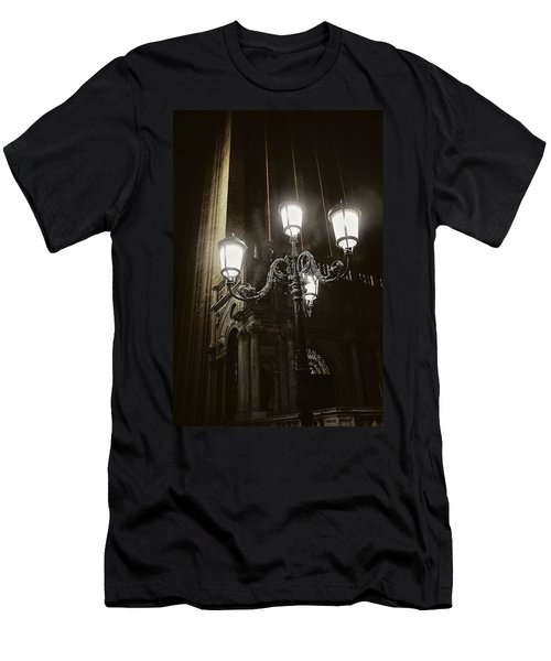 Lamp Light St Mark's Square Men's T-Shirt (Athletic Fit)