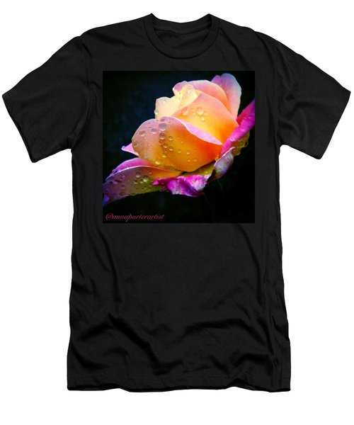 Last Lady Diana Rose Of 2014 Men's T-Shirt (Athletic Fit)