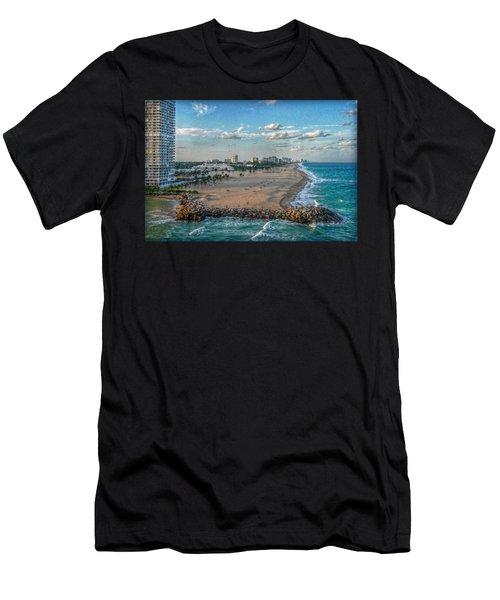 Leaving Port Everglades Men's T-Shirt (Athletic Fit)