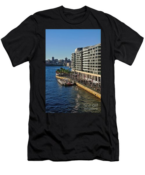 Life On Sydney Harbour Foreshores Men's T-Shirt (Athletic Fit)