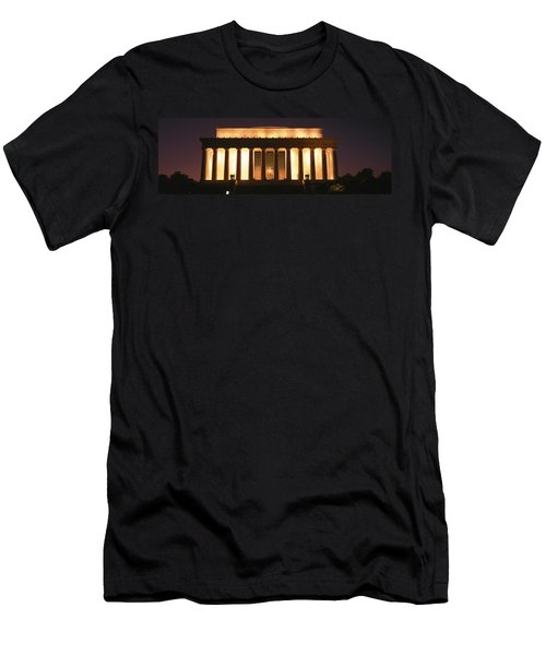 Lincoln Memorial Washington Dc Usa Men's T-Shirt (Slim Fit) by Panoramic Images