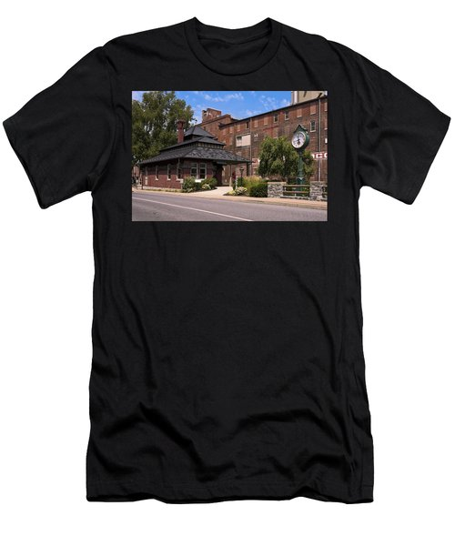 Lititz Pennsylvania Men's T-Shirt (Slim Fit) by Sally Weigand