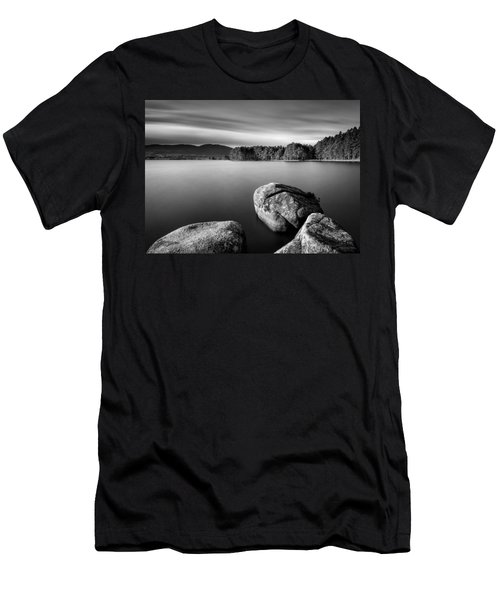 Loch Garten Men's T-Shirt (Athletic Fit)