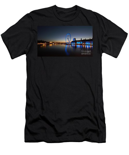 London 1 Men's T-Shirt (Athletic Fit)