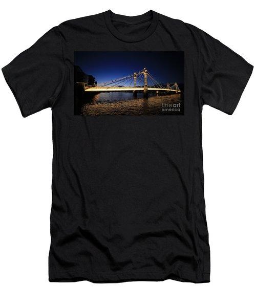 London Albert Bridge  Men's T-Shirt (Slim Fit) by Mariusz Czajkowski