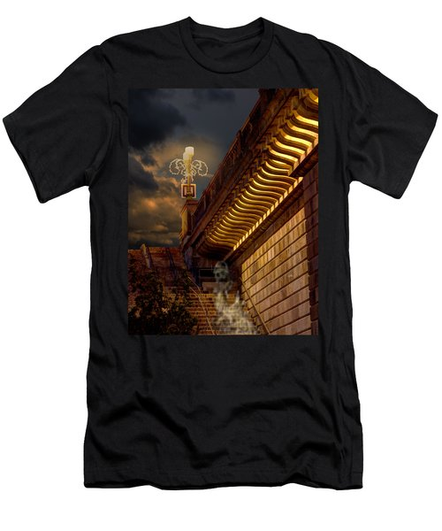 London Bridge Spirits Men's T-Shirt (Athletic Fit)
