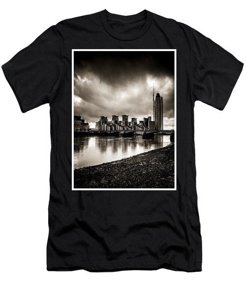 London Drama Men's T-Shirt (Athletic Fit)