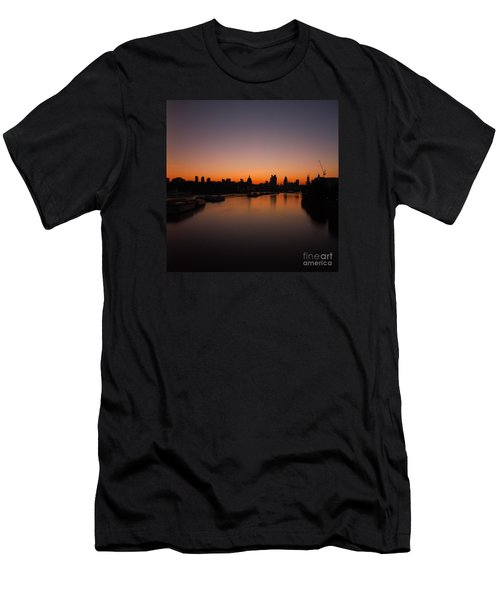 London Sunrise 2 Men's T-Shirt (Slim Fit) by Mariusz Czajkowski