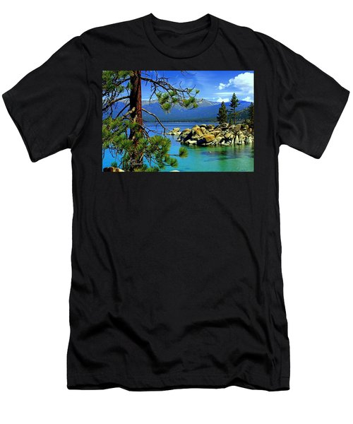 Looking North Men's T-Shirt (Athletic Fit)