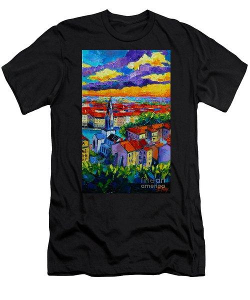 Lyon View - Triptych Right Panel Men's T-Shirt (Athletic Fit)
