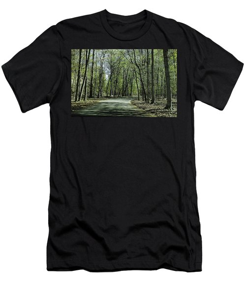 M119 Tunnel Of Trees Michigan Men's T-Shirt (Athletic Fit)