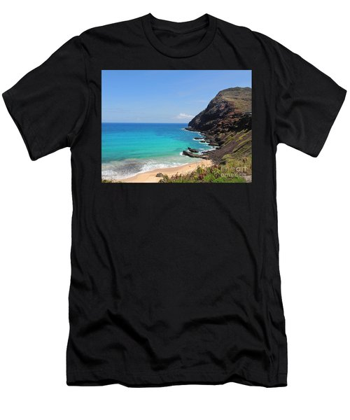 Makapu'u Beach  Men's T-Shirt (Athletic Fit)