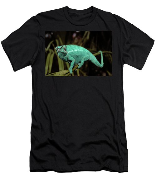 Male Panther Chameleon Chameleo Sp Men's T-Shirt (Athletic Fit)