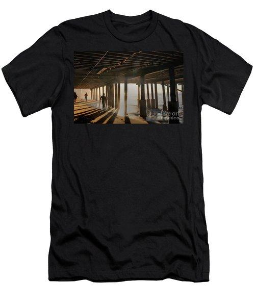 Malibu Pylon Sunrise Men's T-Shirt (Athletic Fit)
