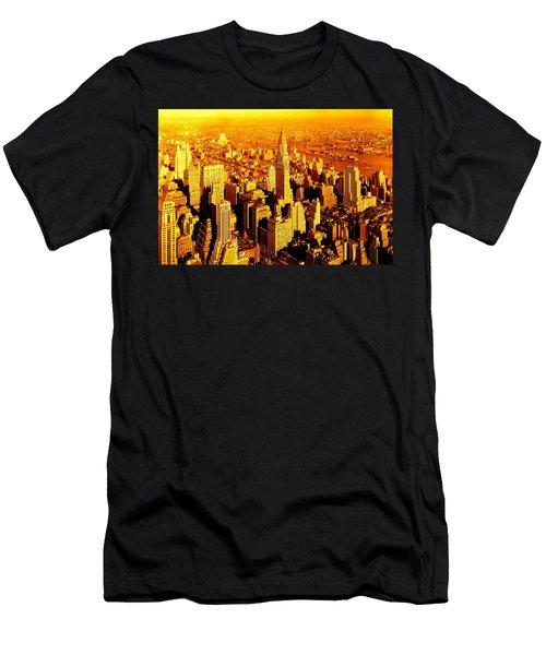 Manhattan And Chrysler Building Men's T-Shirt (Athletic Fit)