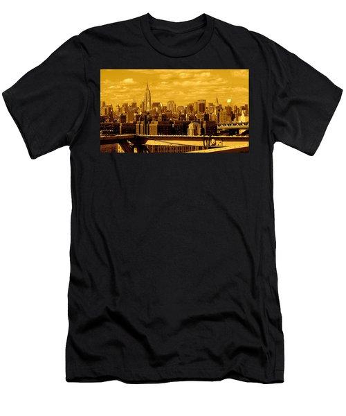 Manhattan Skyline Men's T-Shirt (Athletic Fit)