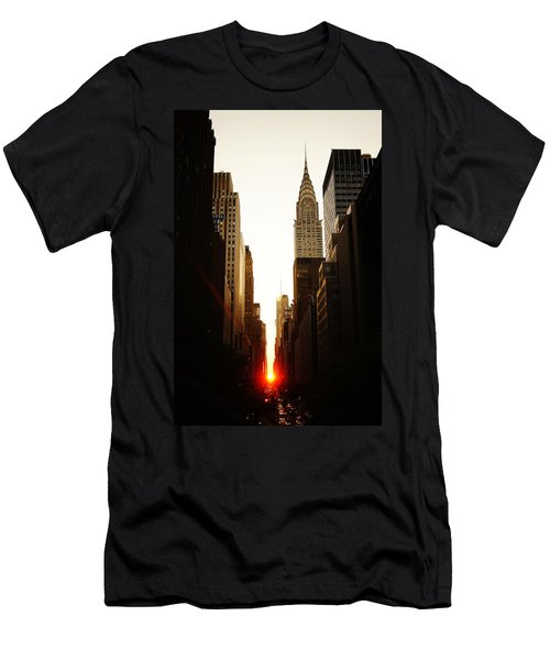 Manhattanhenge Sunset And The Chrysler Building  Men's T-Shirt (Slim Fit) by Vivienne Gucwa