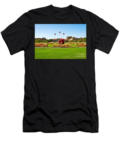 Men's T-Shirt (Athletic Fit) featuring the photograph Memorial Circle by Mae Wertz