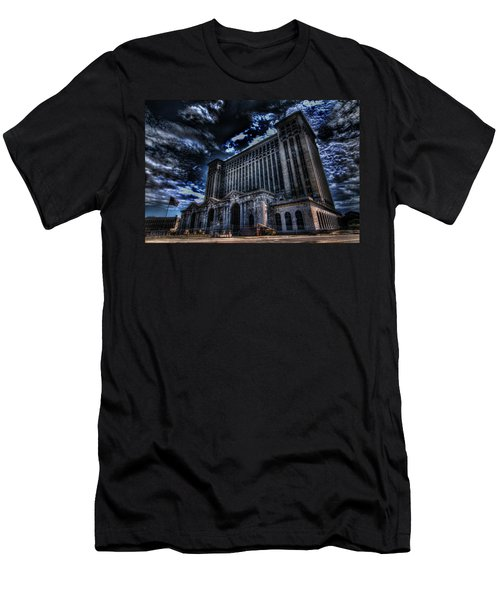 Michigan Central Station Hdr Men's T-Shirt (Athletic Fit)