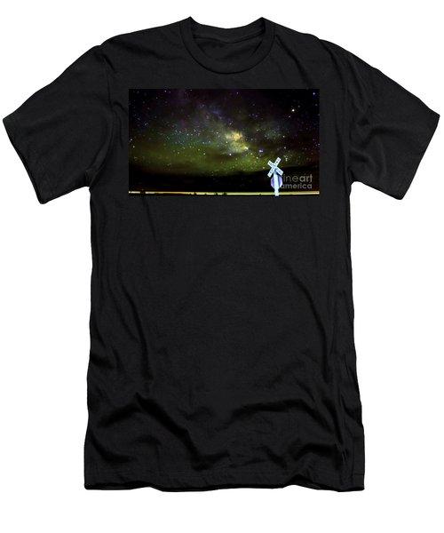 Milkyway  Crossing Blur Men's T-Shirt (Athletic Fit)