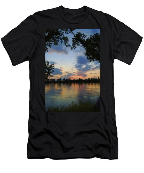 Missouri River Glow Men's T-Shirt (Athletic Fit)