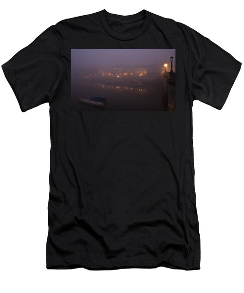 Misty Richmond Upon Thames Men's T-Shirt (Athletic Fit)