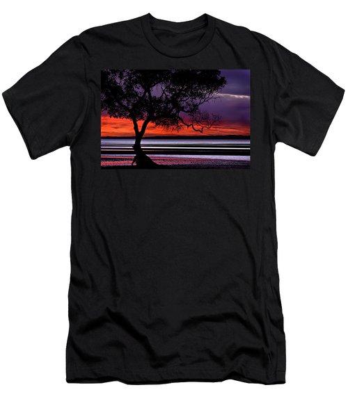 Moreton Bay View Men's T-Shirt (Athletic Fit)