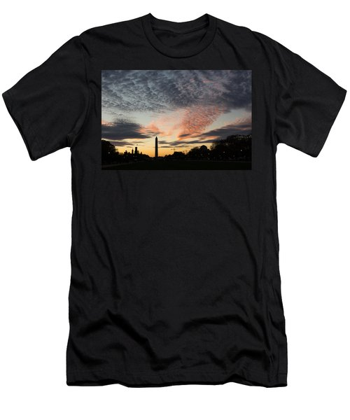 Mother Nature Painted The Sky Over Washington D C Spectacular Men's T-Shirt (Athletic Fit)
