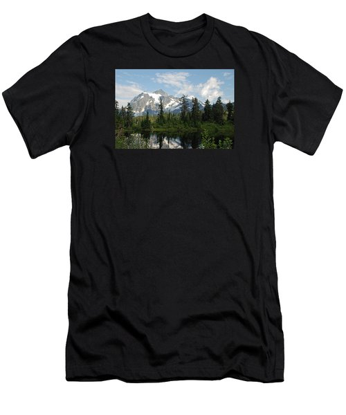 Mount Baker  Men's T-Shirt (Athletic Fit)