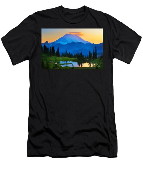 Mount Rainier Goodnight Men's T-Shirt (Athletic Fit)