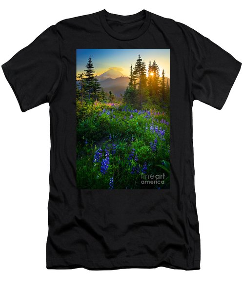 Mount Rainier Sunburst Men's T-Shirt (Athletic Fit)