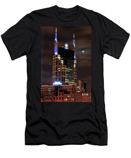 Nashville Men's T-Shirt (Slim Fit) by Frozen in Time Fine Art Photography