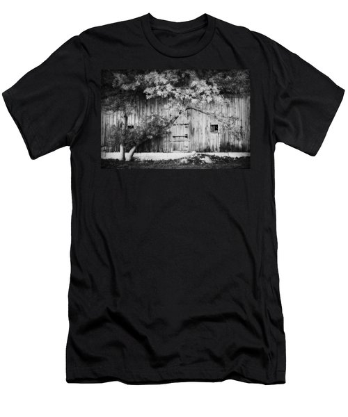 Natures Awning Bw Men's T-Shirt (Athletic Fit)