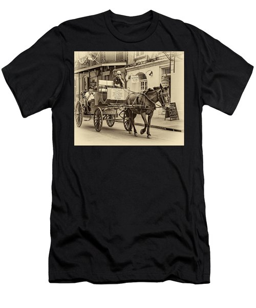 New Orleans - Carriage Ride Sepia Men's T-Shirt (Athletic Fit)