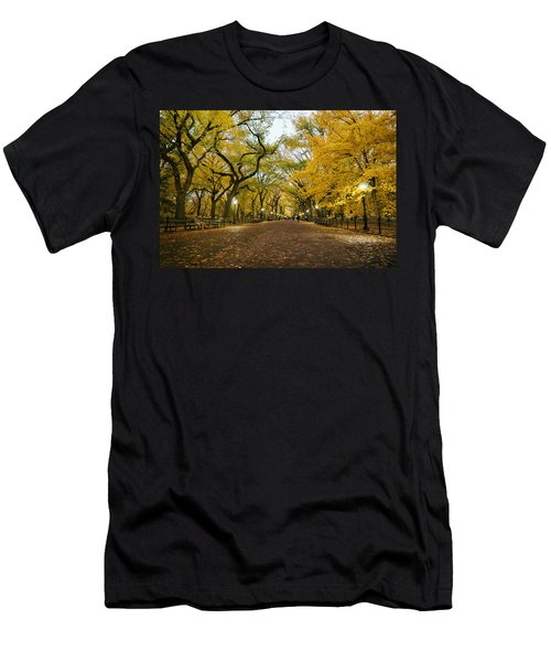 New York City - Autumn - Central Park - Literary Walk Men's T-Shirt (Athletic Fit)