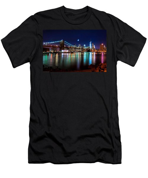 New York Skyline And Brooklyn Bridge With Crescent Moon Rising Men's T-Shirt (Athletic Fit)