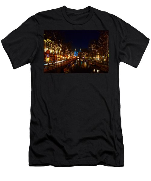 Nieuwe Spieglestraat At Night Men's T-Shirt (Athletic Fit)