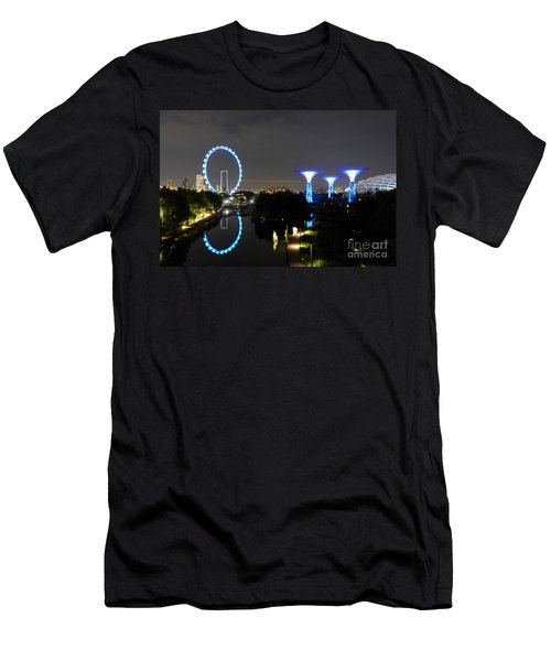 Night Shot Of Singapore Flyer Gardens By The Bay And Water Reflections Men's T-Shirt (Athletic Fit)
