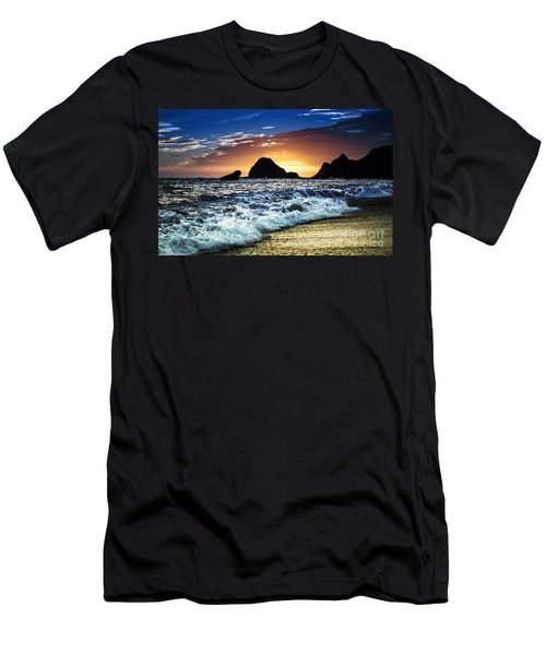 Norcal Sunset On Jenner Beach Men's T-Shirt (Athletic Fit)