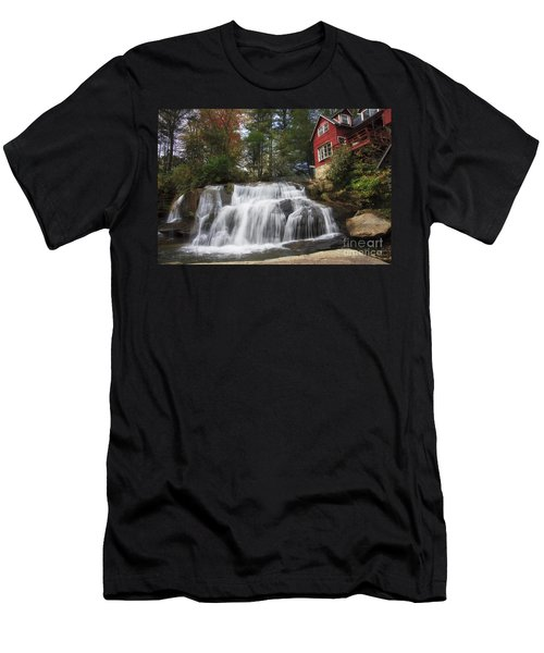 North Carolina Waterfall Men's T-Shirt (Athletic Fit)