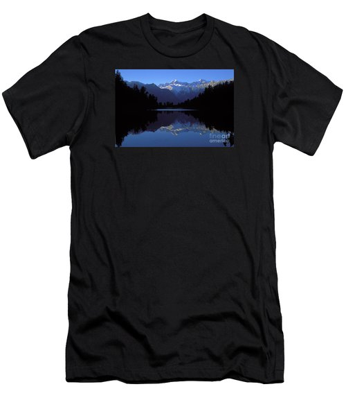 New Zealand Alps Men's T-Shirt (Athletic Fit)