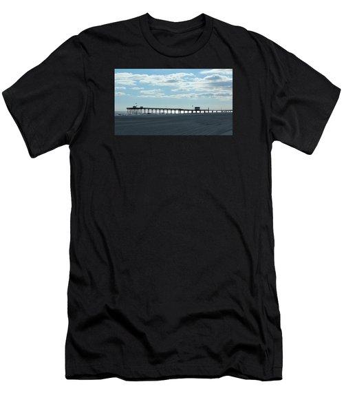 Ocean City New Jersey Pier Men's T-Shirt (Athletic Fit)