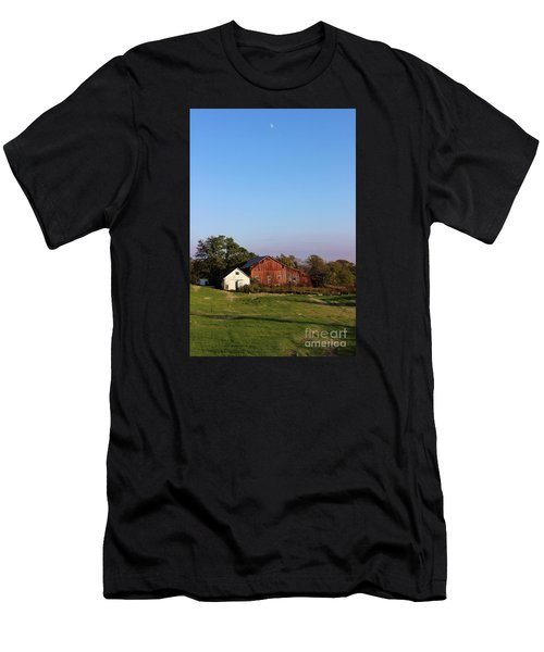 Old Barn At Sunset Men's T-Shirt (Athletic Fit)
