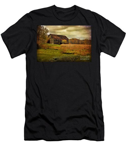 Old Barn In October Men's T-Shirt (Athletic Fit)