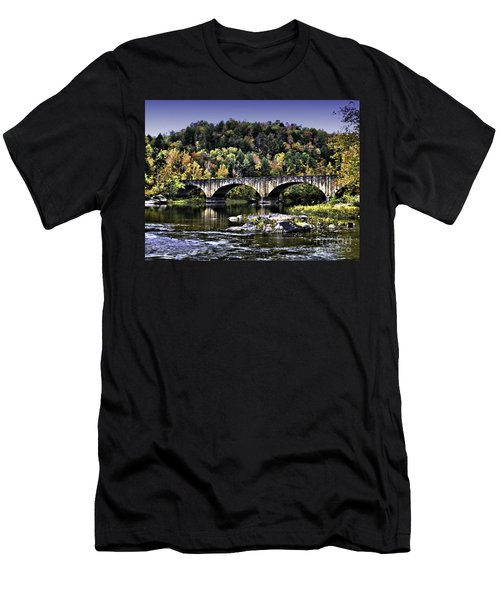 Old Bridge Men's T-Shirt (Athletic Fit)